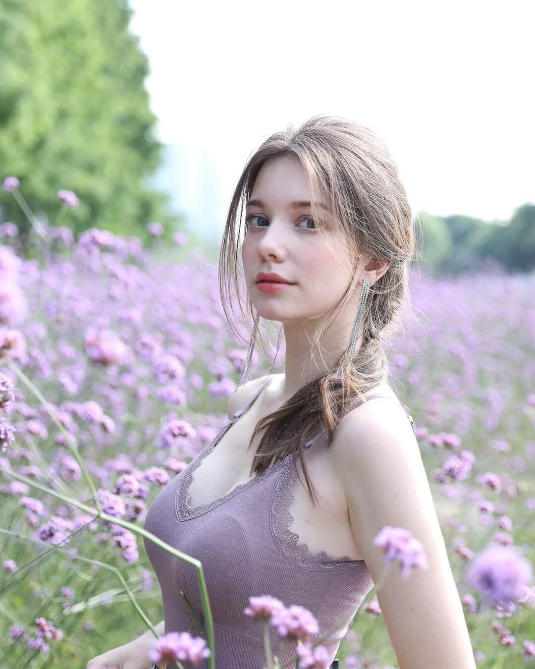 Anastasia Cebulska 秦妃
