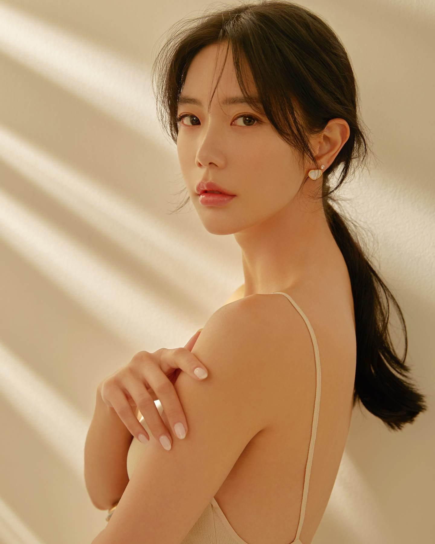 Clara Lee Sung-min - 클라라