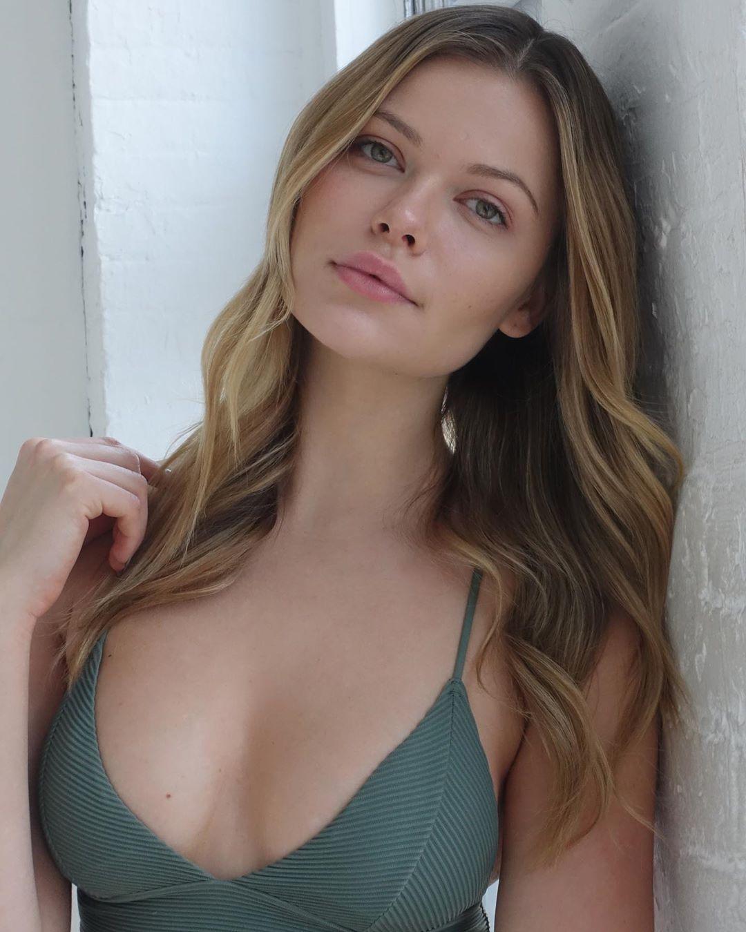 Anastasia Rosh