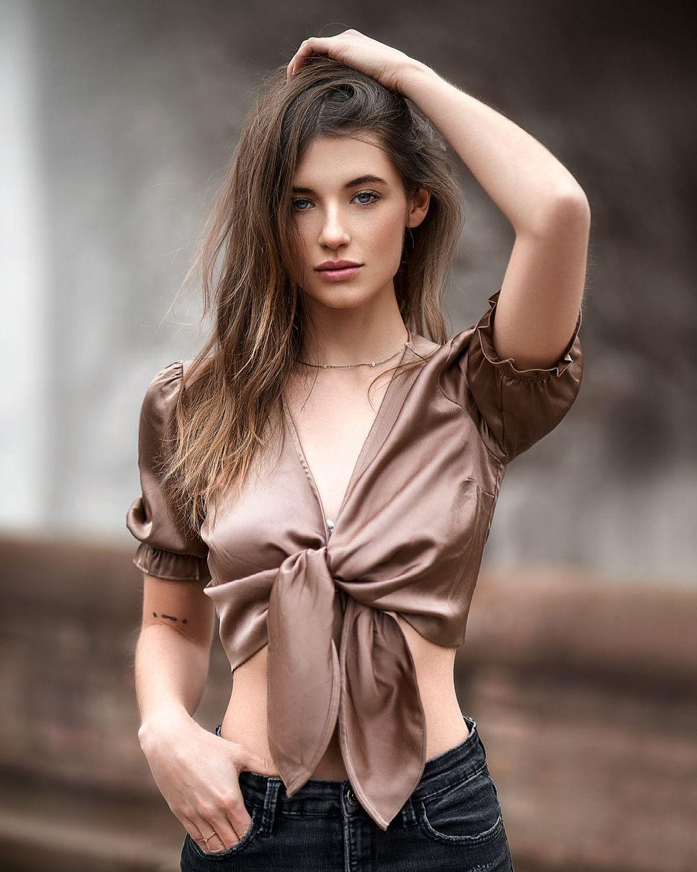 Julia Nikola Gauly