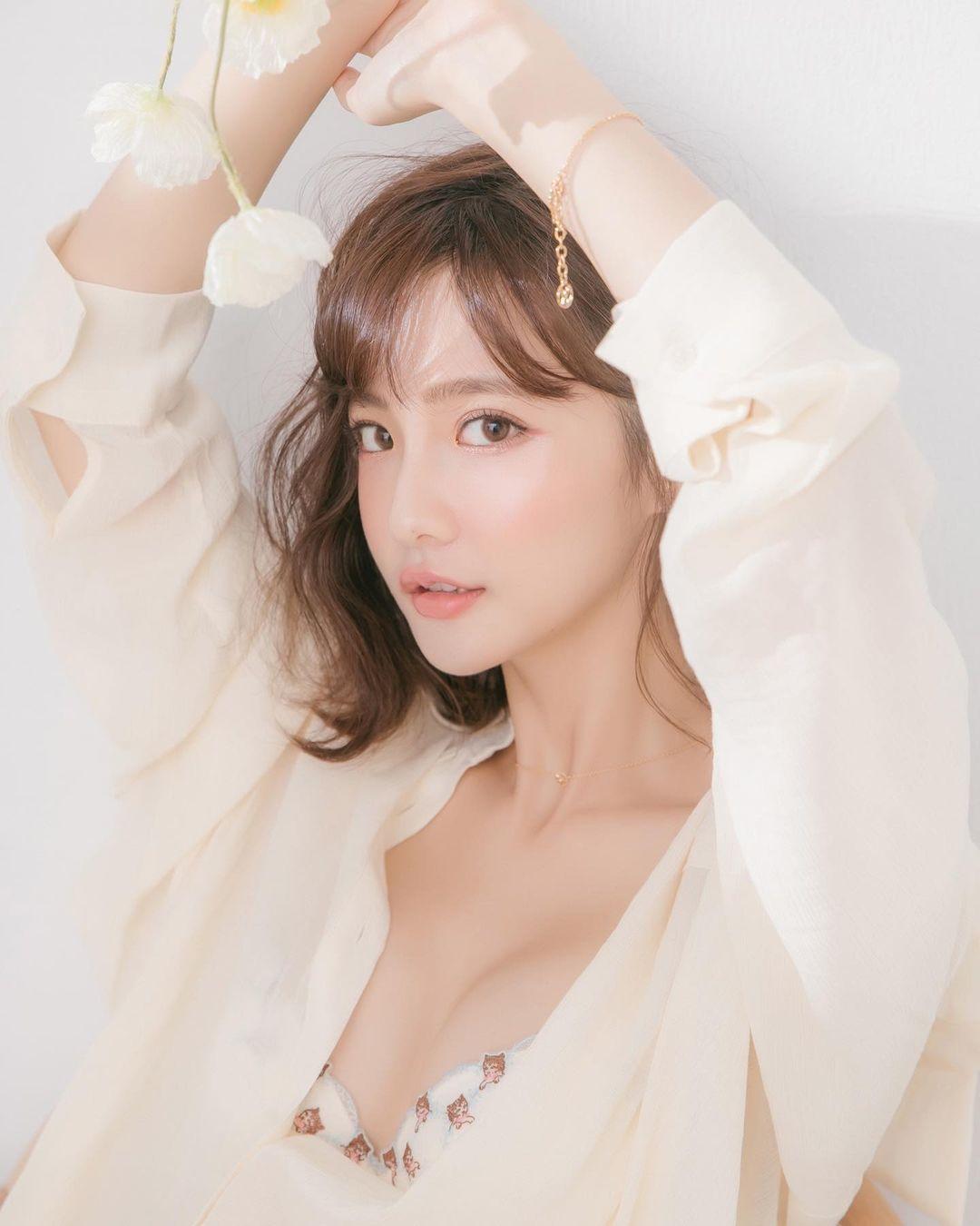 Nina 曹婕妤