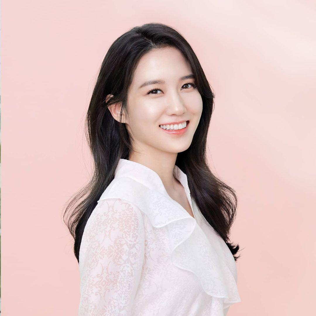 Park Eun-Bin (박은빈)