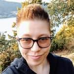 Jenn Headshot