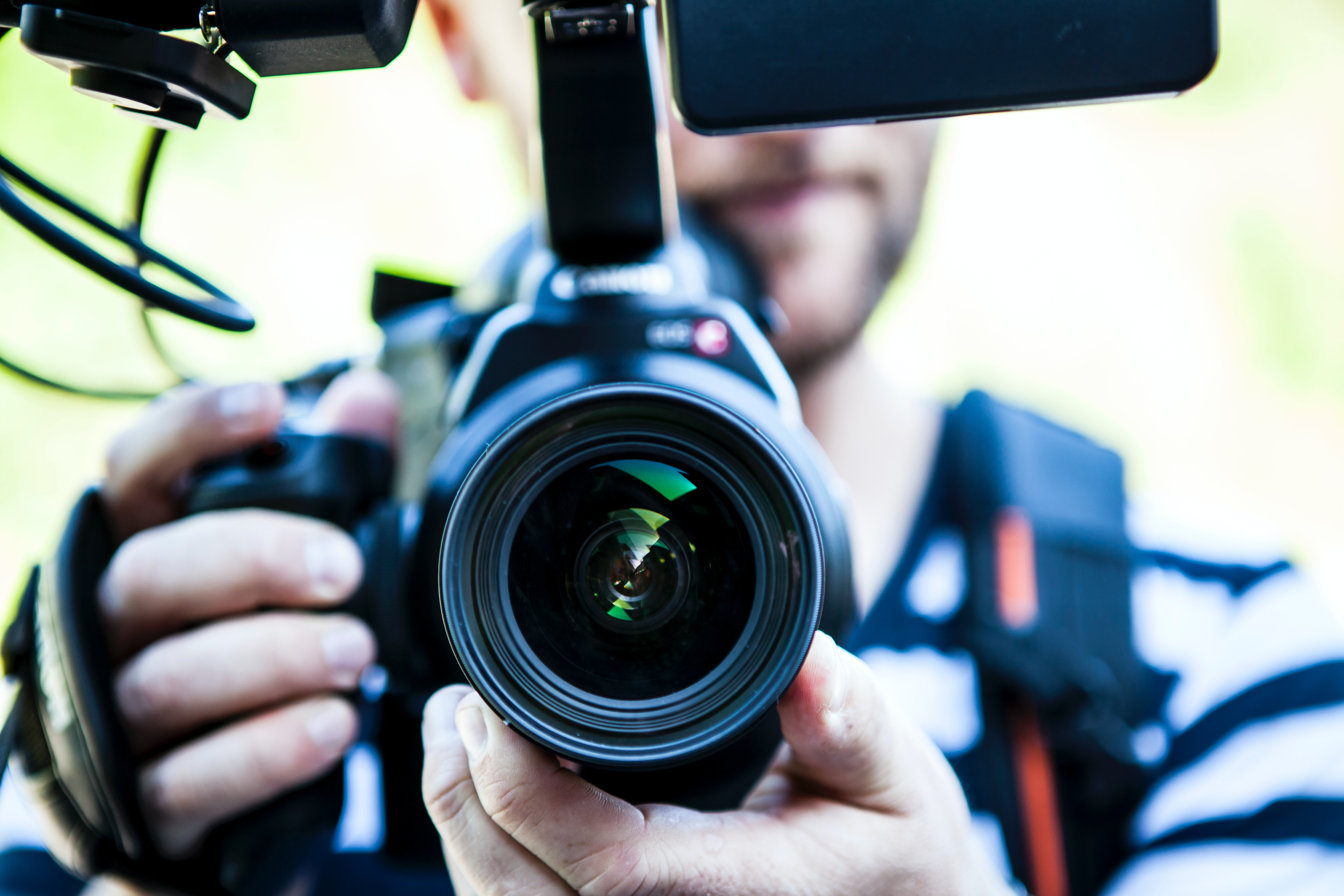 Wondering how to reach the best candidates? Check out how utilising video in your employer branding could be your secret weapon!