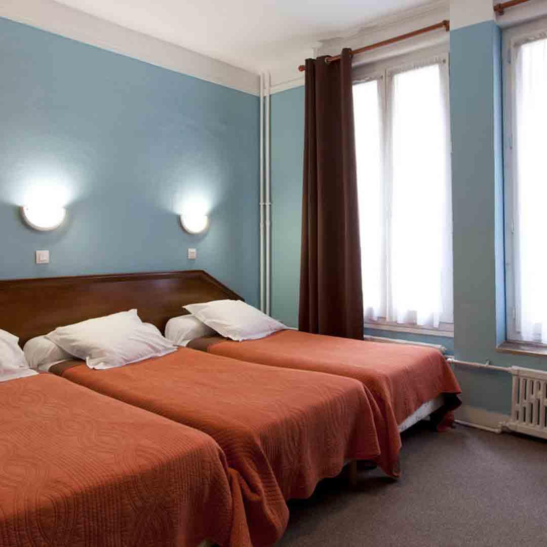 Hotel Ambassadeur Room 2