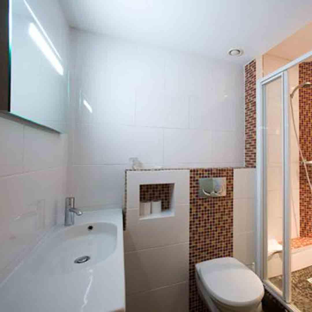 Hotel Esplande bathroom