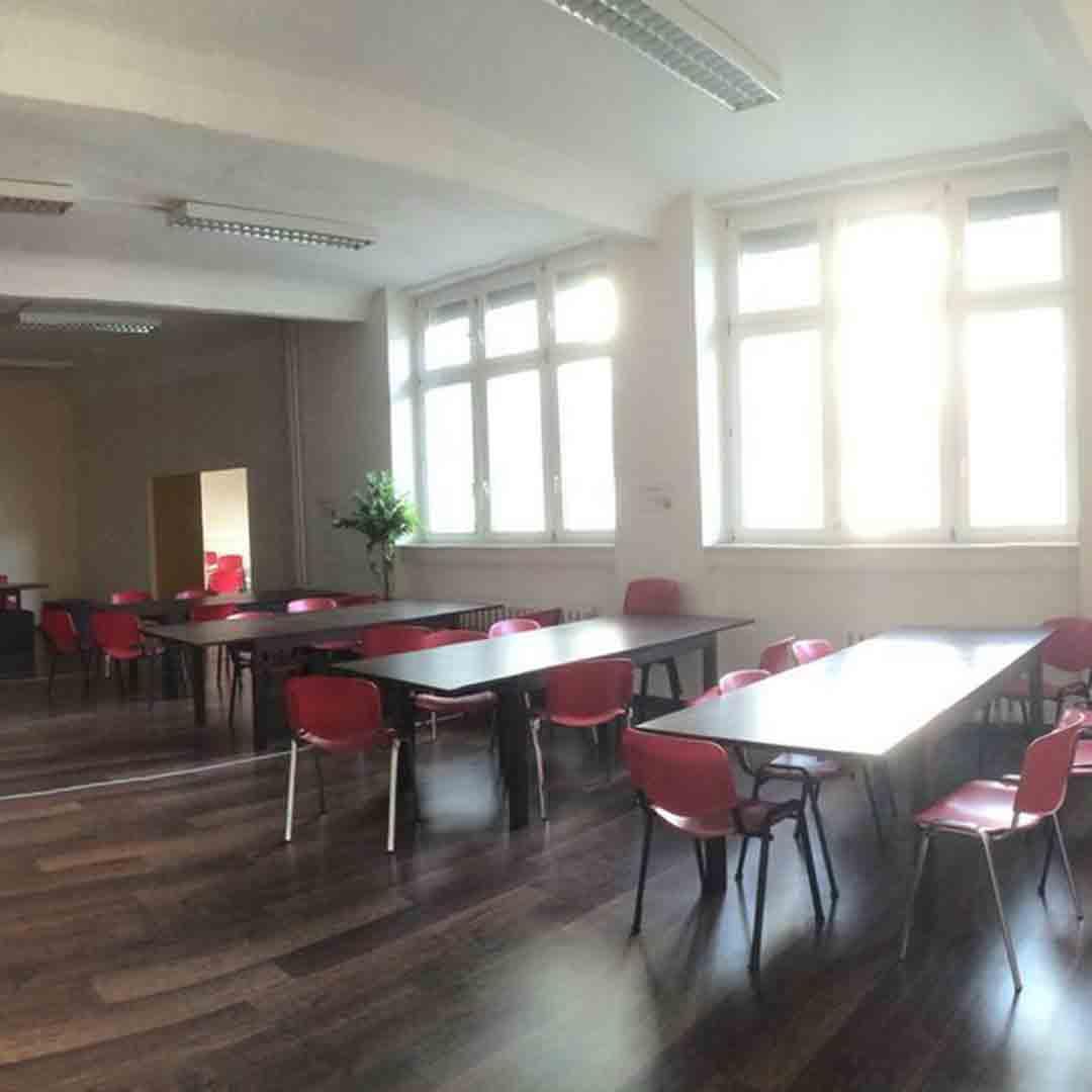 All In Hostel Berlin Dining Room