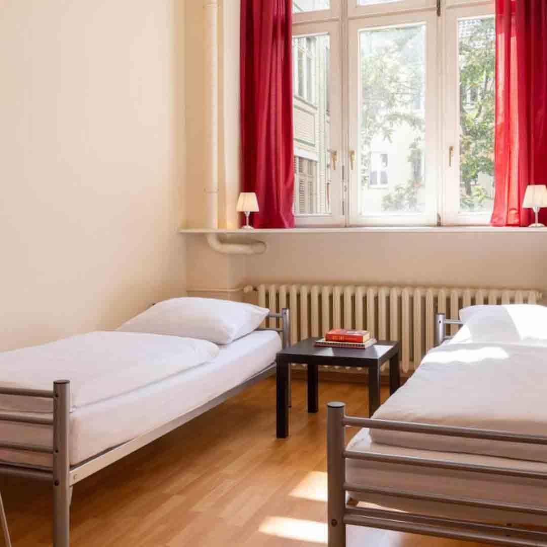 All In Hostel Berlin Room