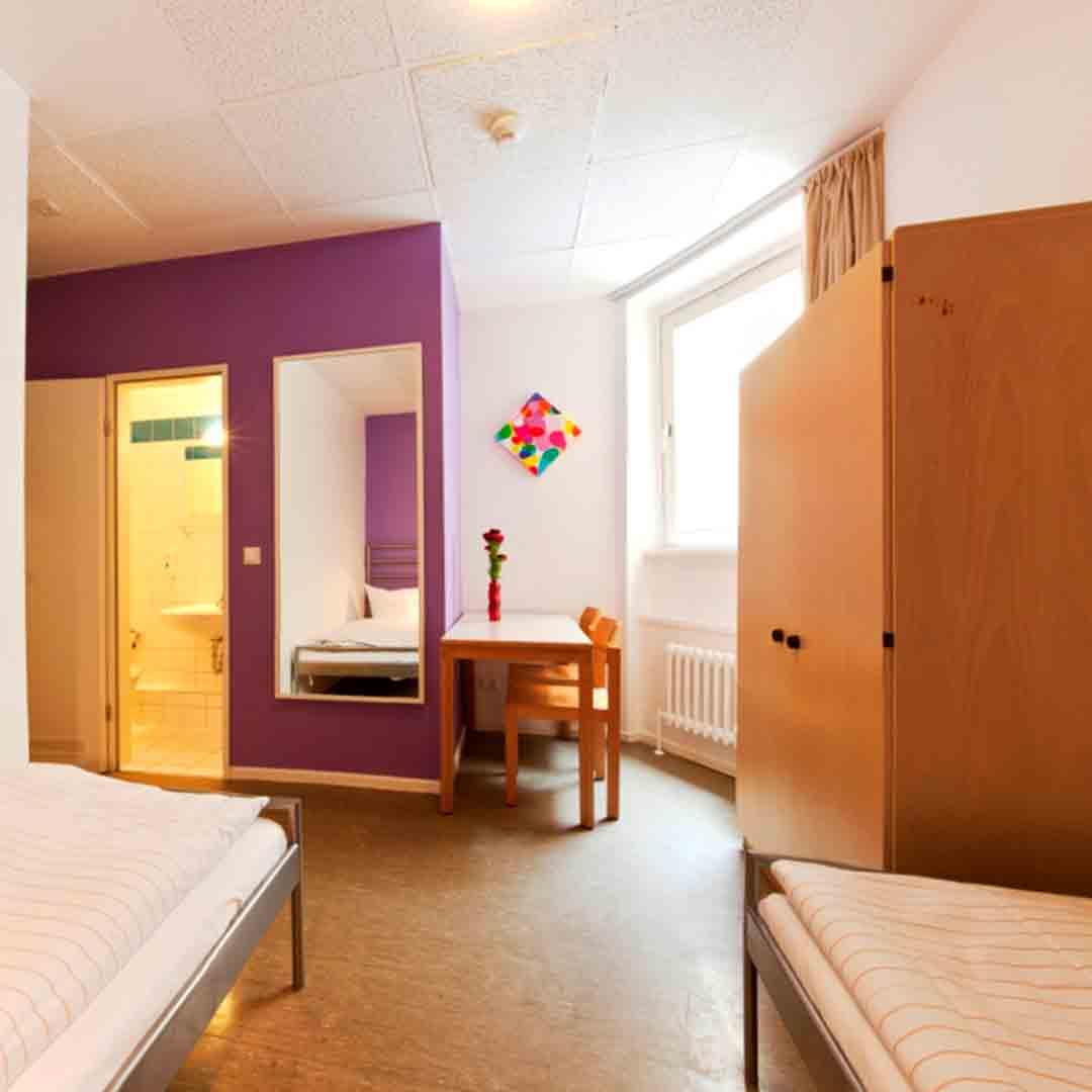 Amstel House Berlin Triple Room
