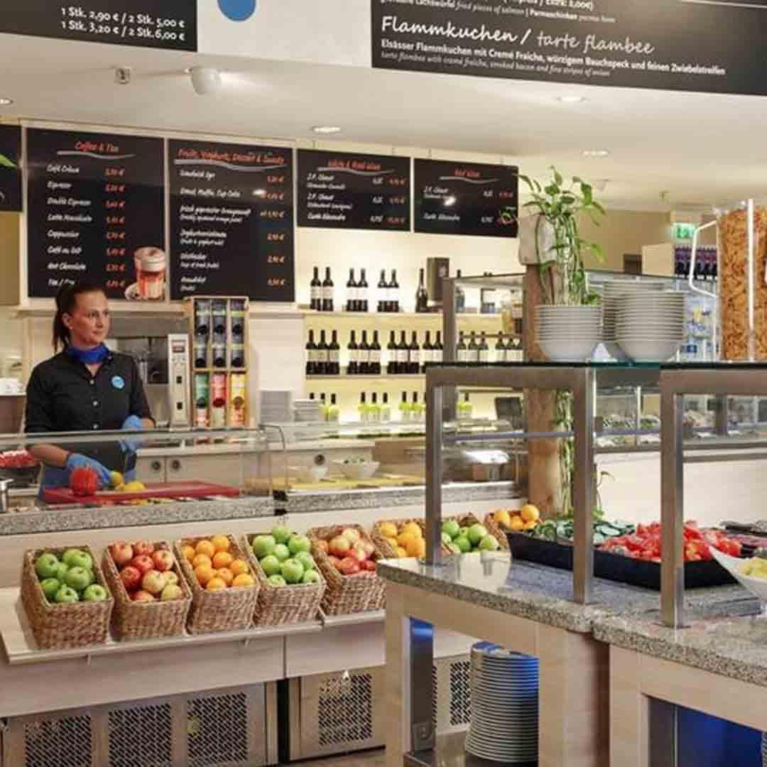 H2 Alexanderplatz Breakfast Bar