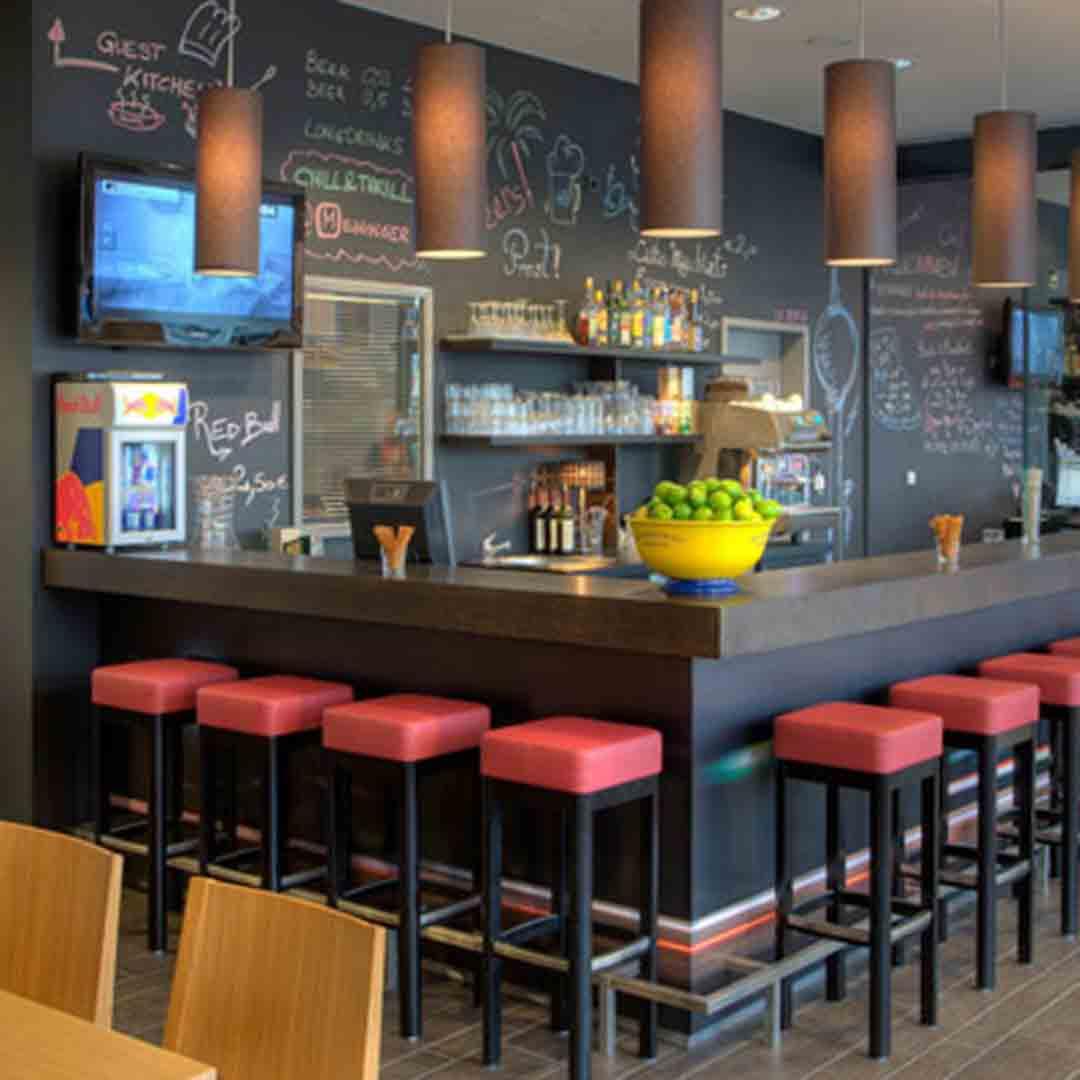 Meininger Berlin Hauptbahnhopf Bar