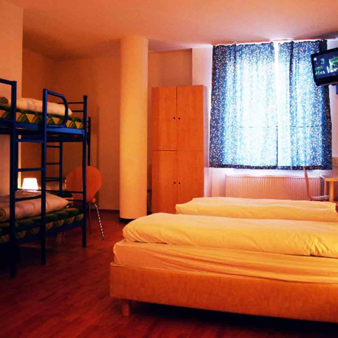 A&O Neumarkt Dorm
