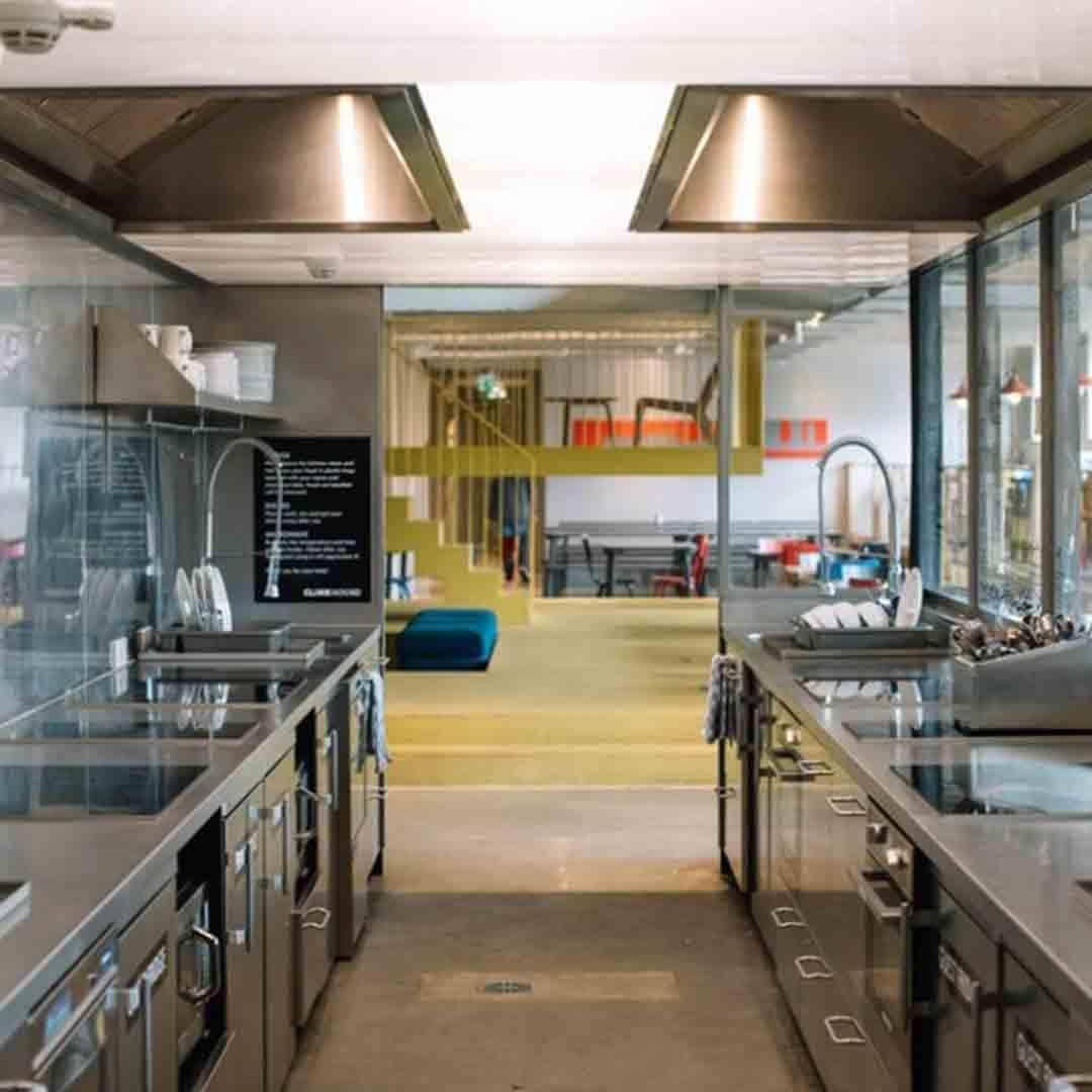 ClinkNoord Hostel Kitchen