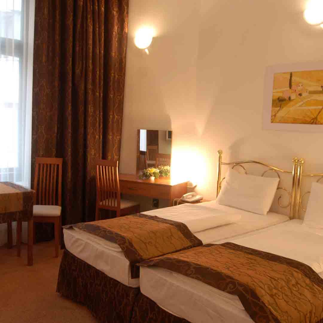 Kings Hotel Budapest Room 2