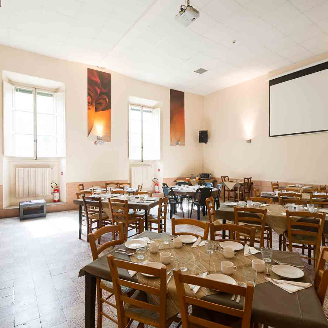 Hostel 7 Santi Dining Room