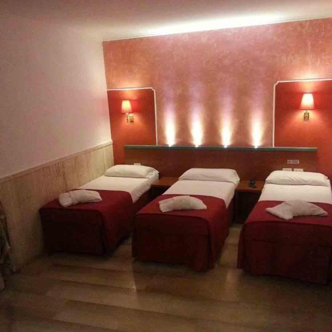 Hotel Center 1&2 Triple Room