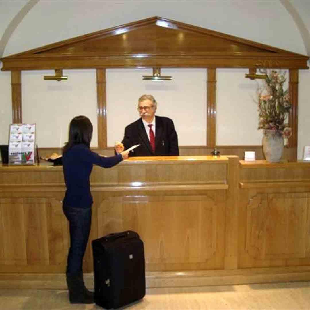 Mariano Hotel Reception