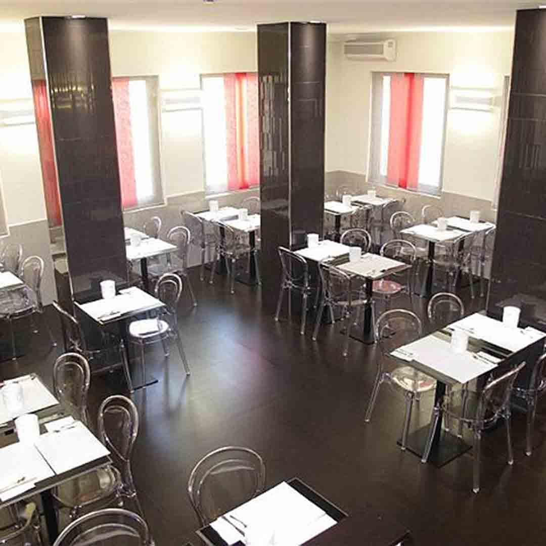 Mariano Hotel Restaurant
