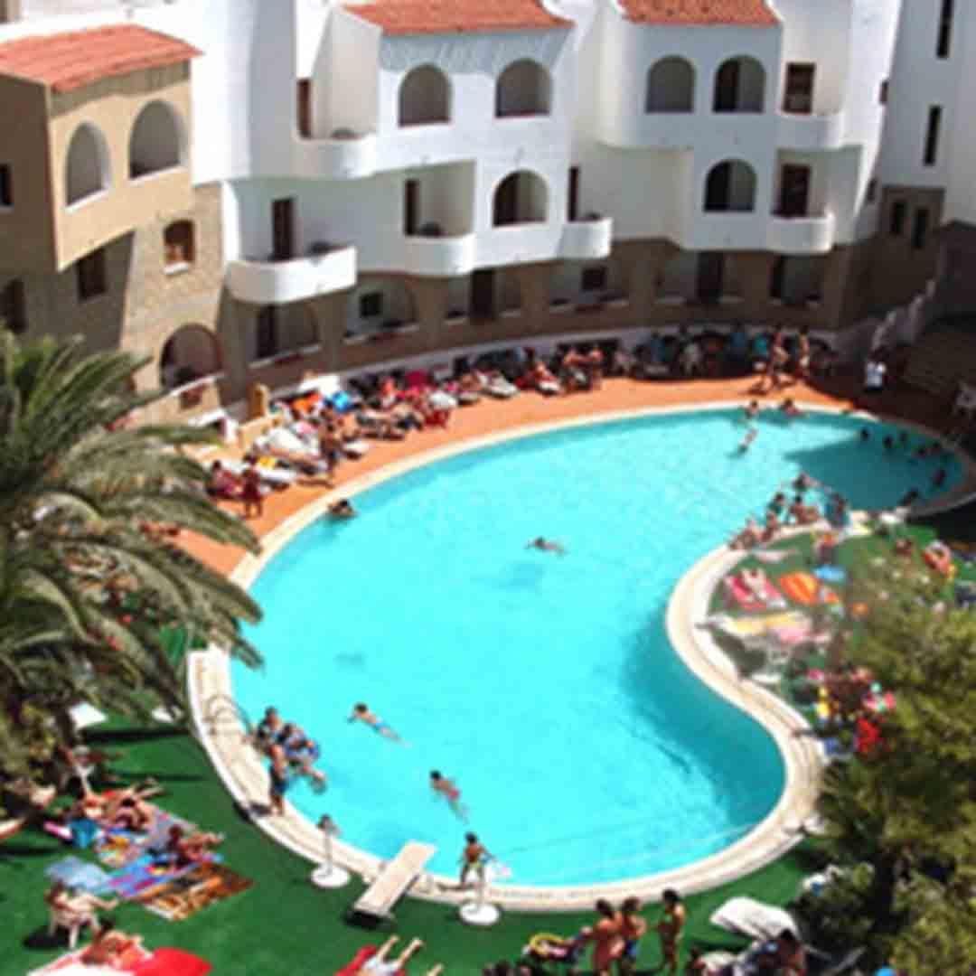 Hotel Akrabello Pool