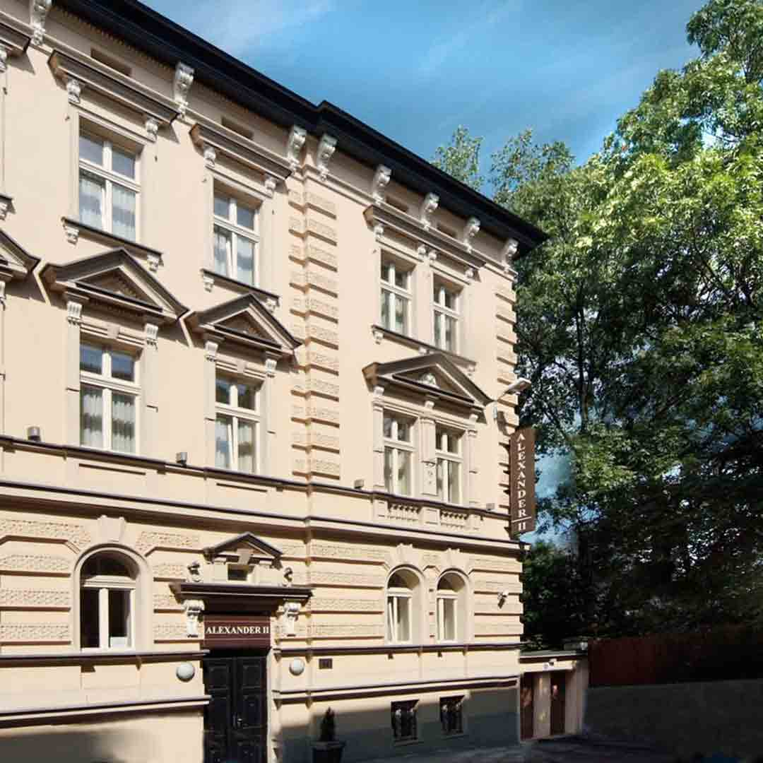 Alexander II Hotel