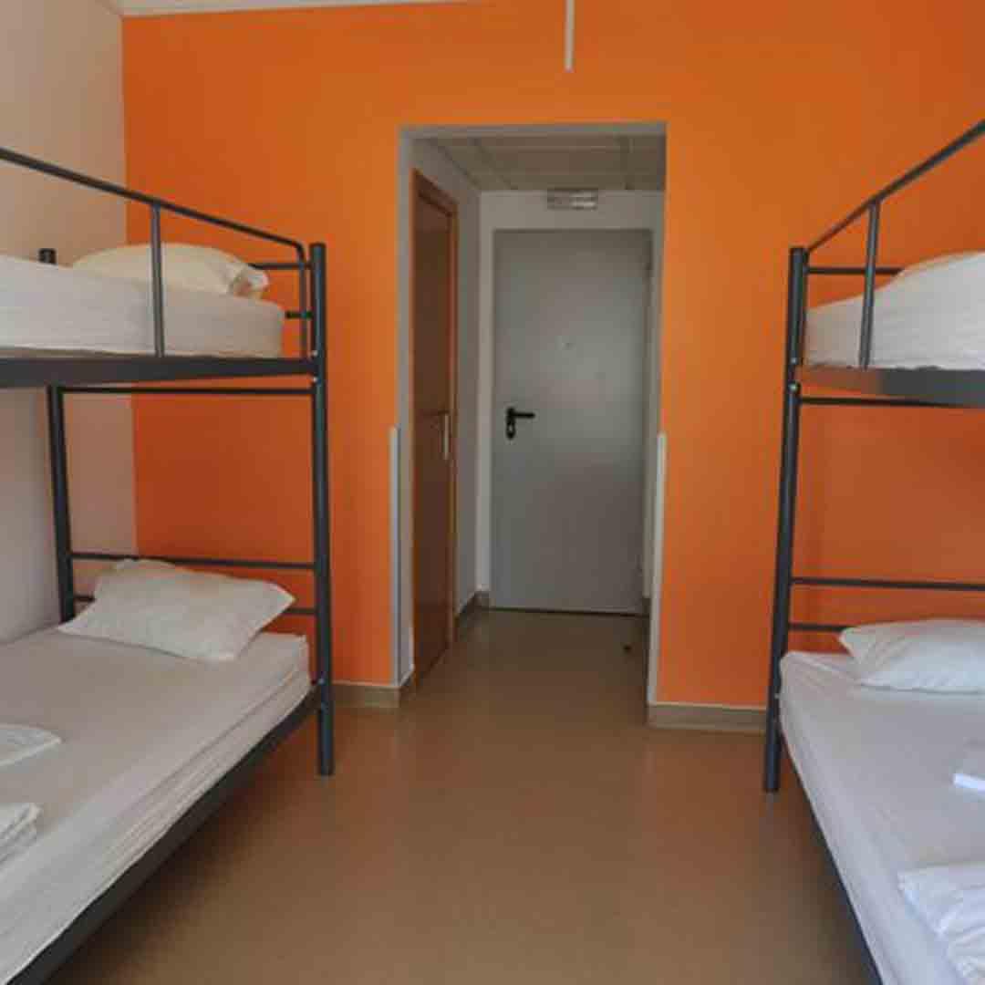 Hans Brinker Lisbon dorm 2