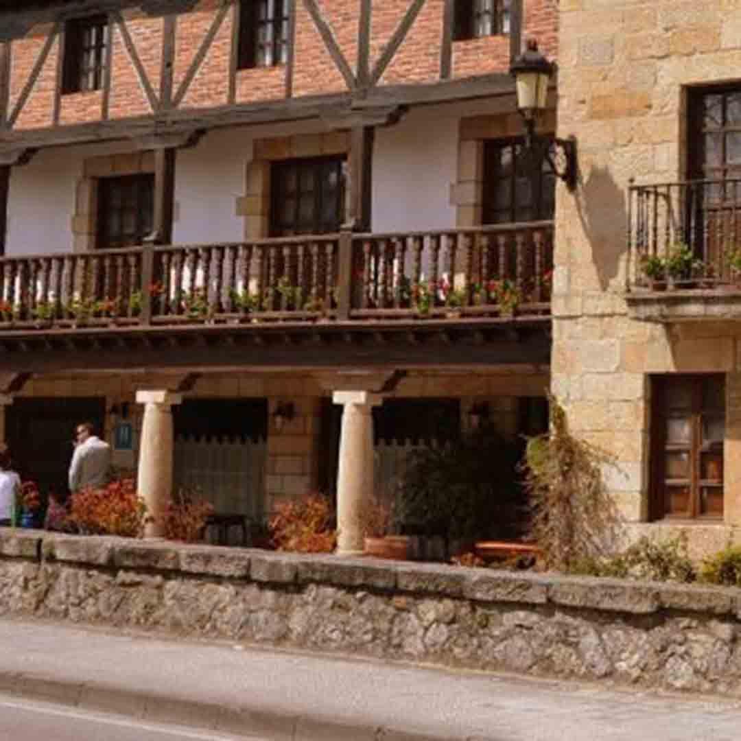 Cuevas Hotel