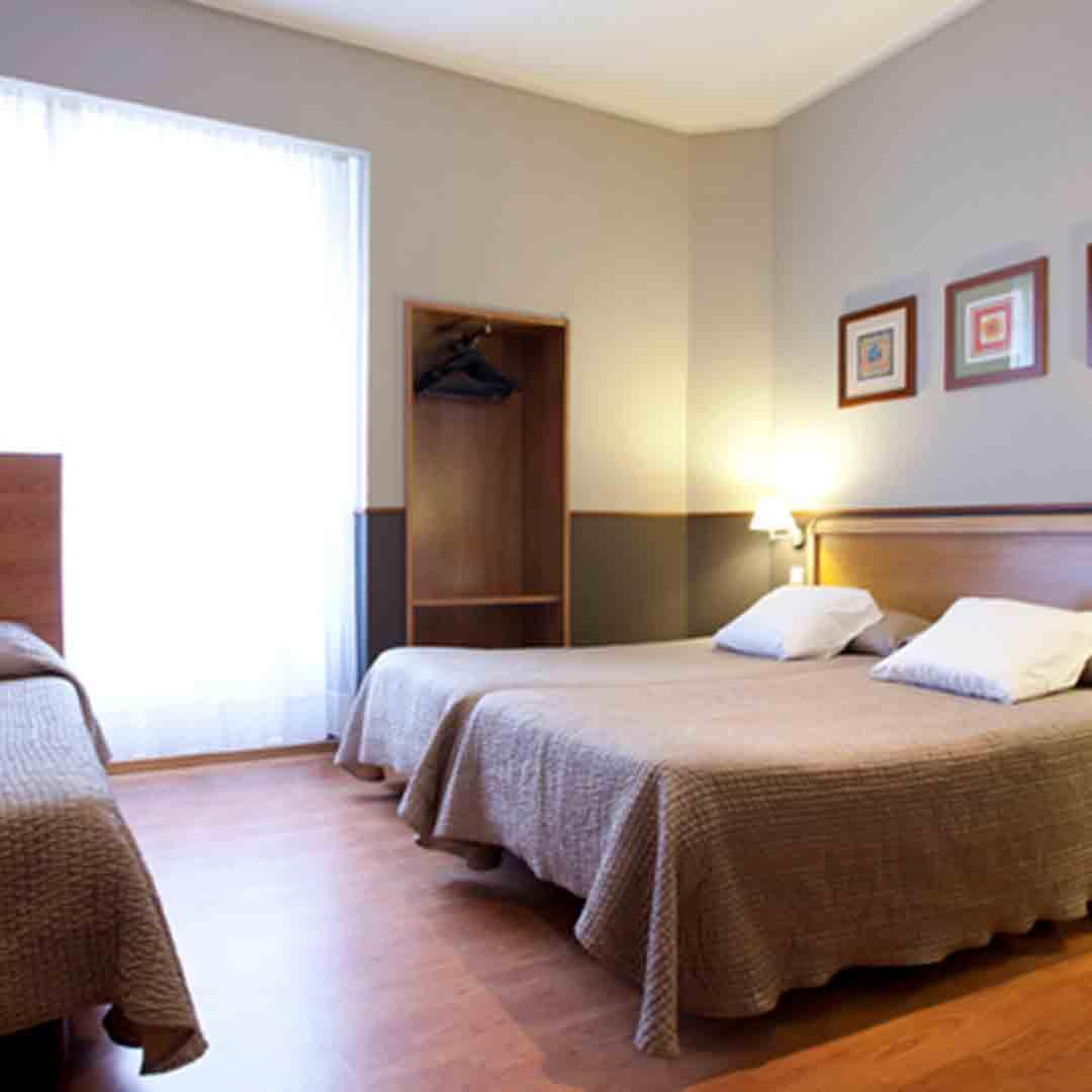 Hostel Venecia Valencia Triple Room