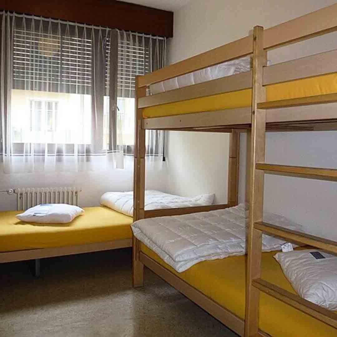 City Hostel Geneva Dorm Room