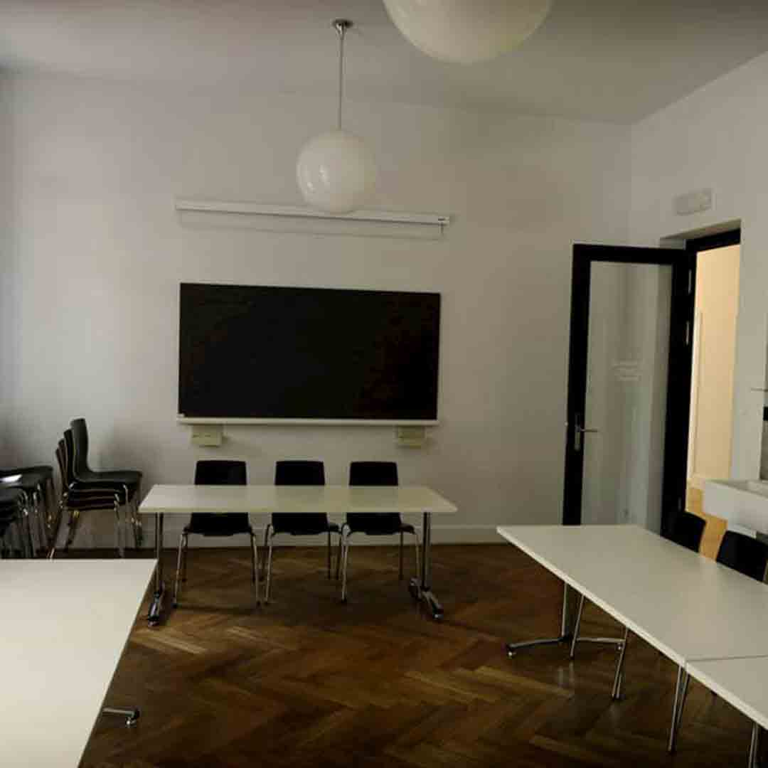Geneva Youth Hostel Meeting Room