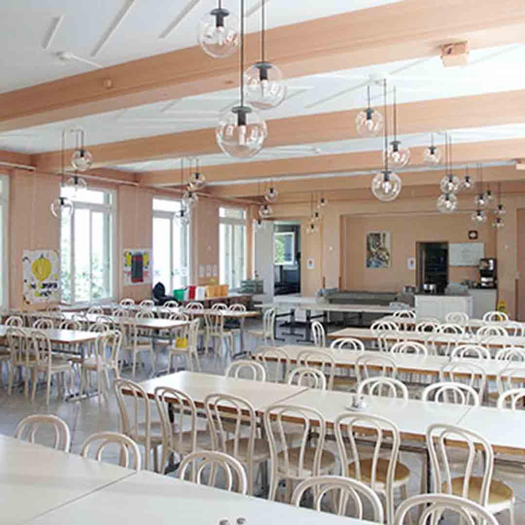 Village Camps Hostel Swiss Alps Dining Room