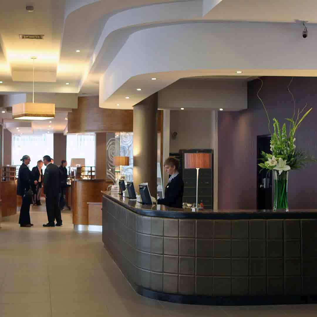 Jurys Inn Belfast Lobby