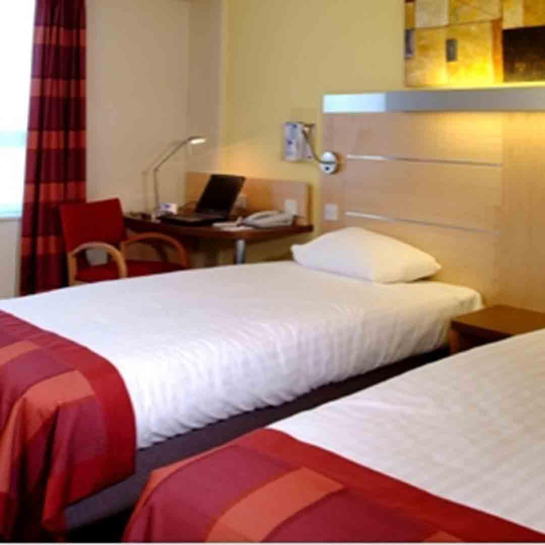 Holiday inn Limehouse Room