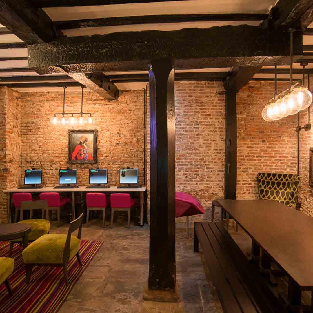 Safestay York Lounge