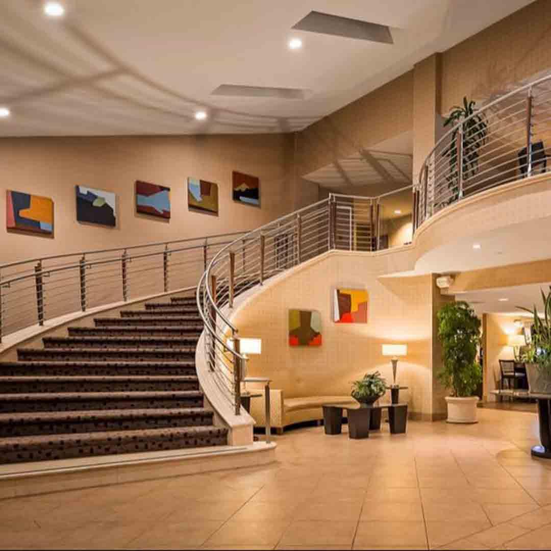 Best Western Plus Bayside Hotel lobby