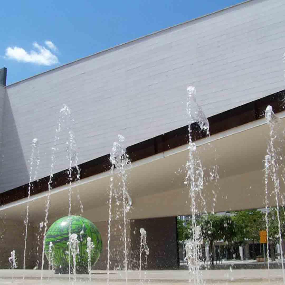 Pavilhão de Conhecimento - Science and Technology Museum