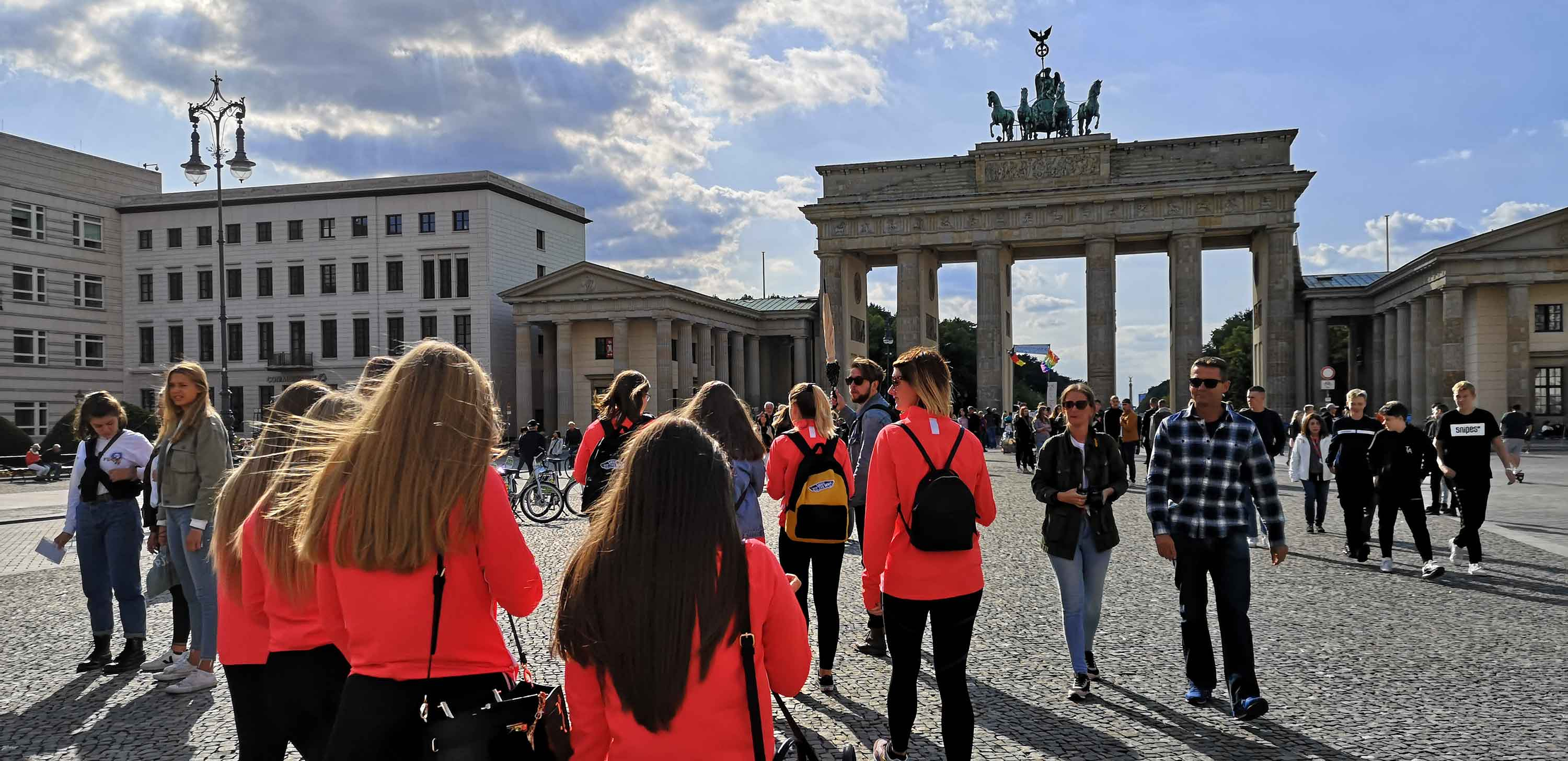 Tell the World about your Group Trip and Earn �50
