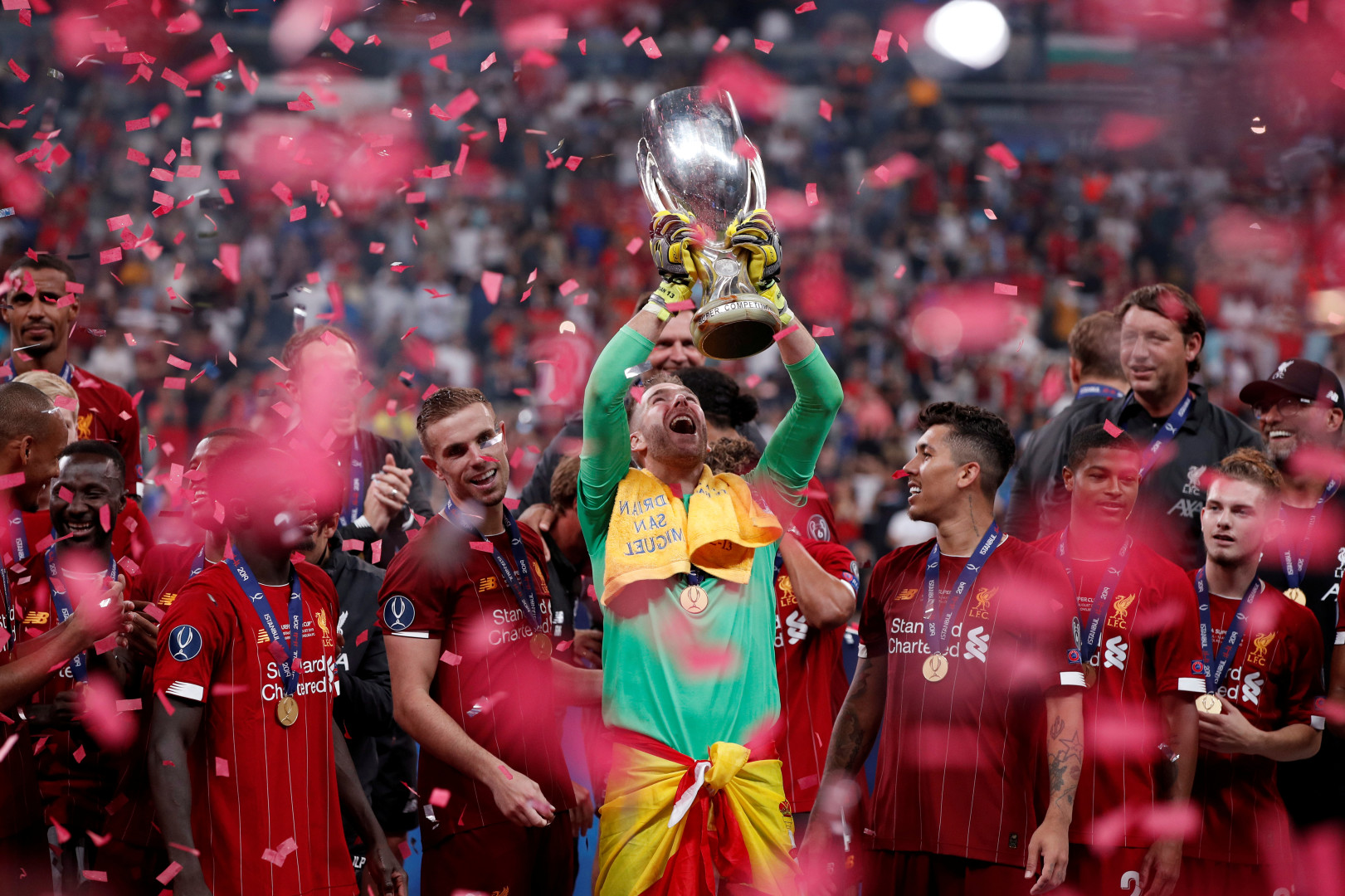 Adrian celebrates with UEFA Super Cup (optimized).jpeg