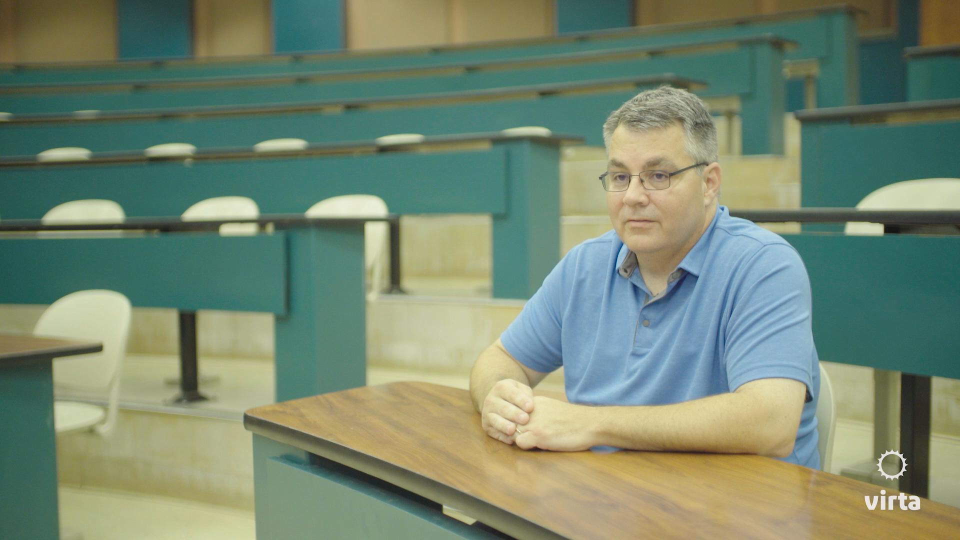 Scott, Virta patient, sitting in an academic auditorium