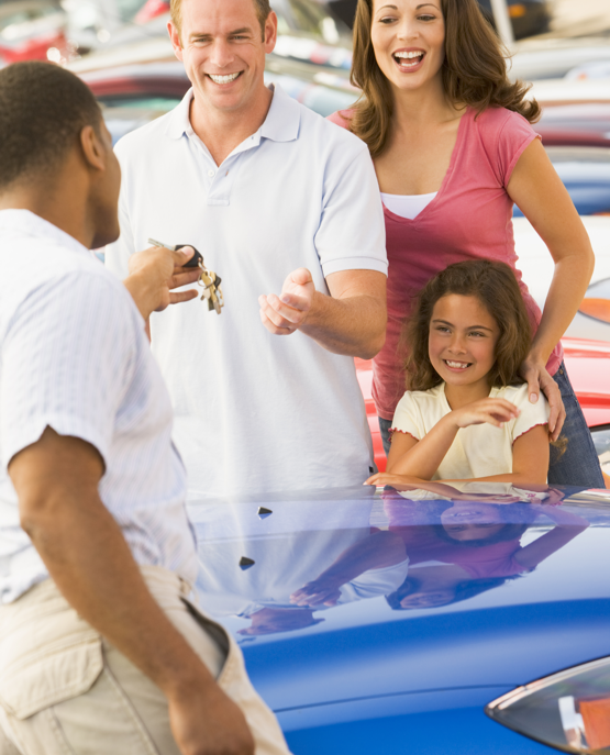 TrueCar Insights Image of a family
