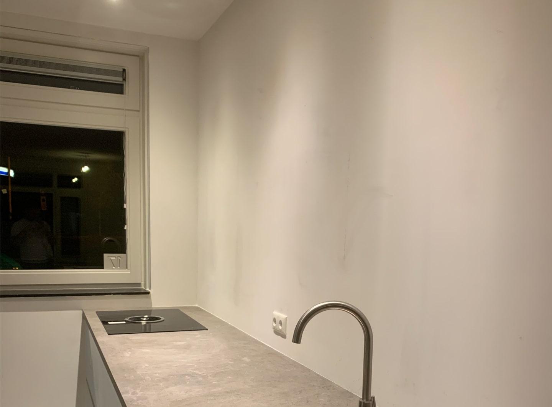 Keuken nieuwbouw dunpleisterwerk