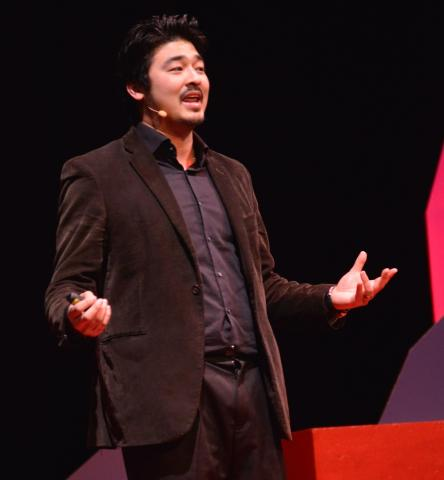 Yu-kai at TedX Lausanne