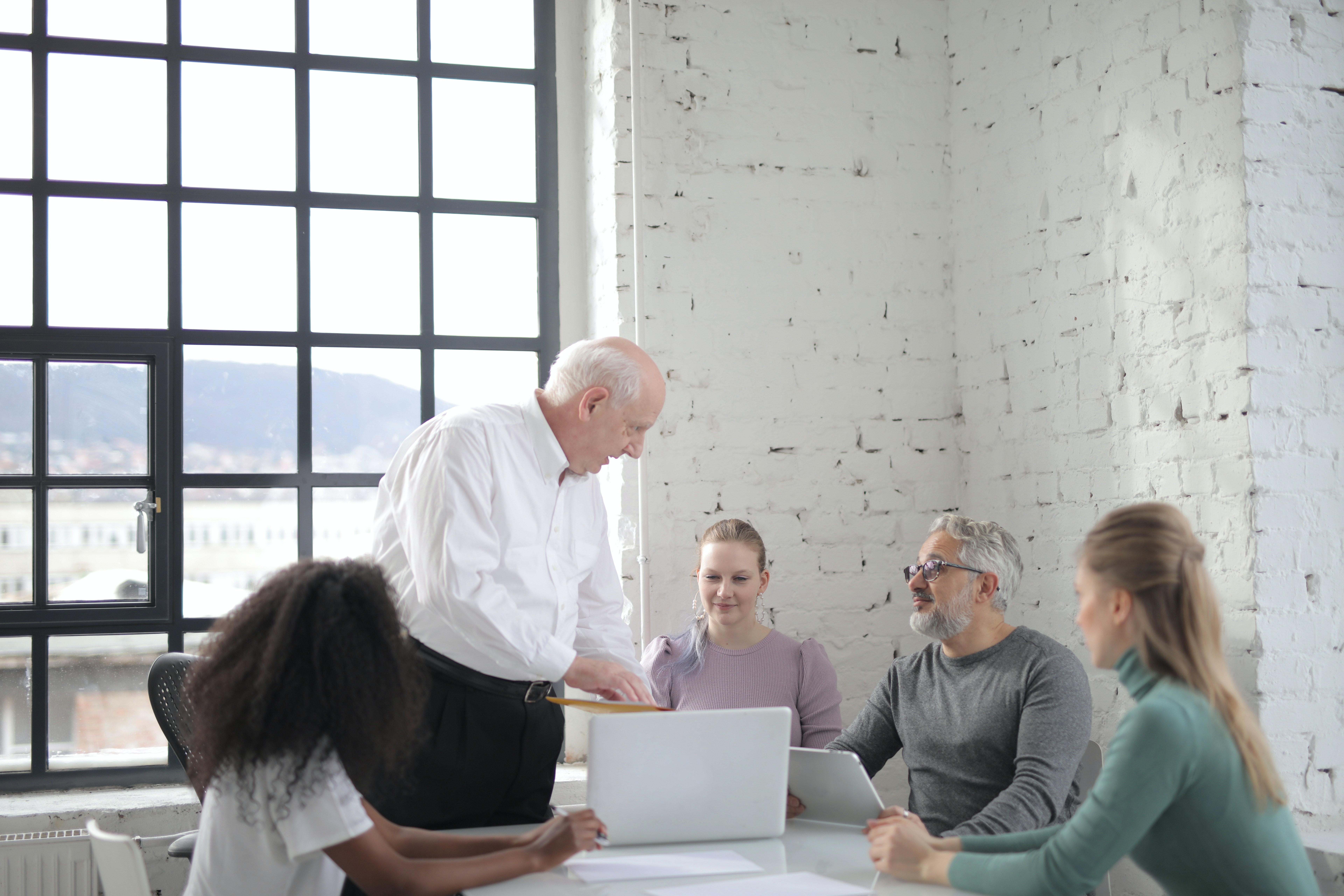 qualities of a project manager includes task allocation