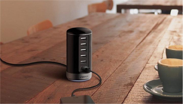 A Smart Charging Hub