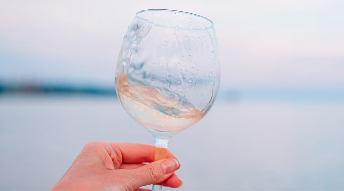 """Sweet white wine: What is """"Sweetness"""" in Wine and How is it Determined?"""