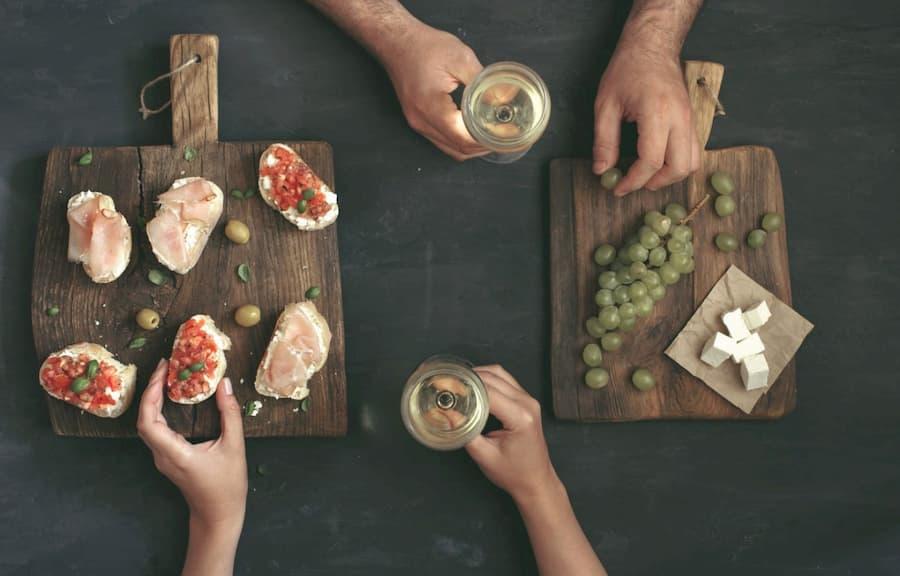 Serving Guidelines And Food Pairing For Gruner Veltliner