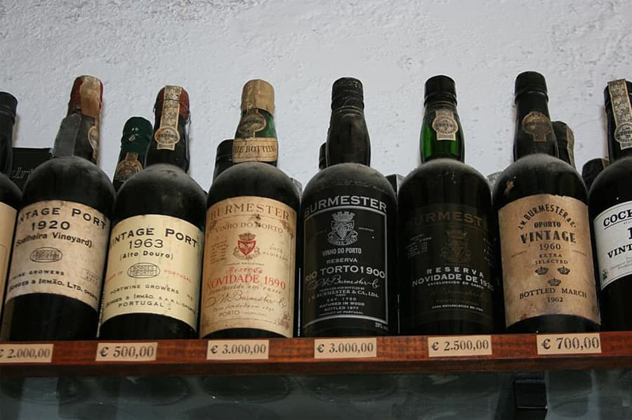 Old Vintage Port Wine