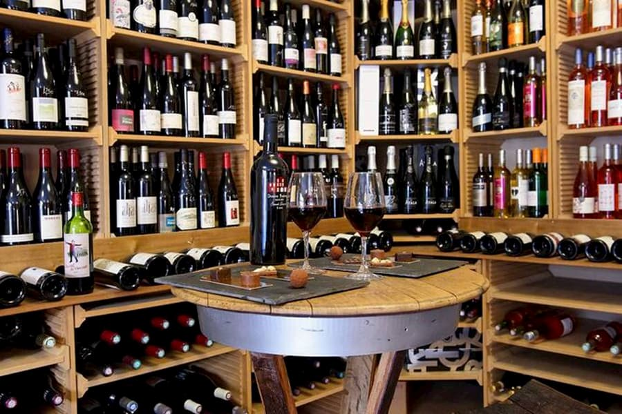 Gru Ves Wine Cellar