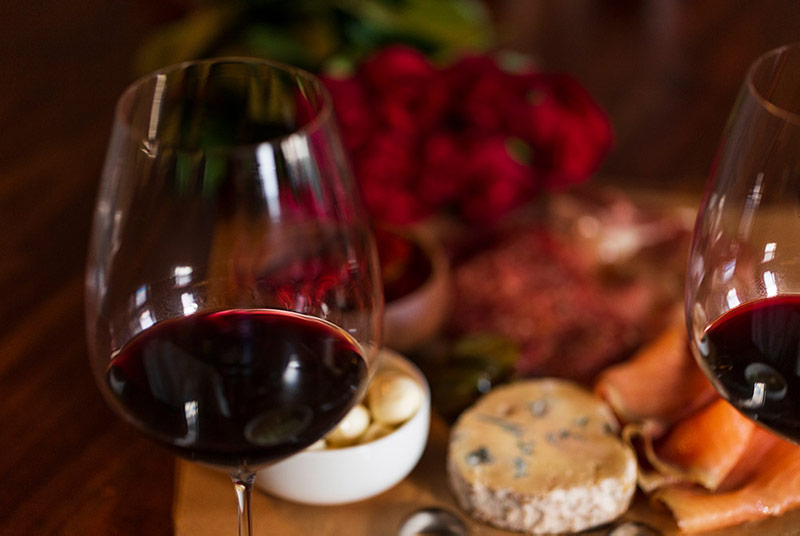 Food Pairings and How to Serve Pinot Noir