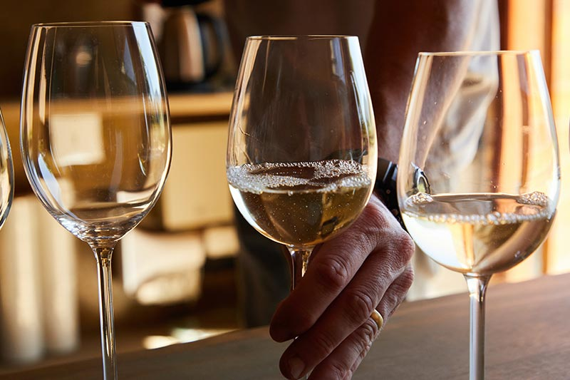 What is the Difference Between Pinot Grigio and Pinot Gris?