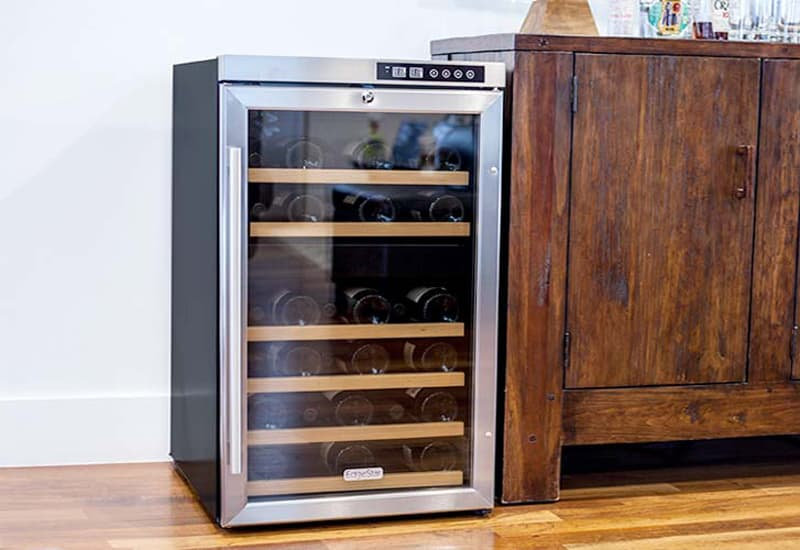 What is the Difference Between a Wine Cabinet and a Wine Cooler